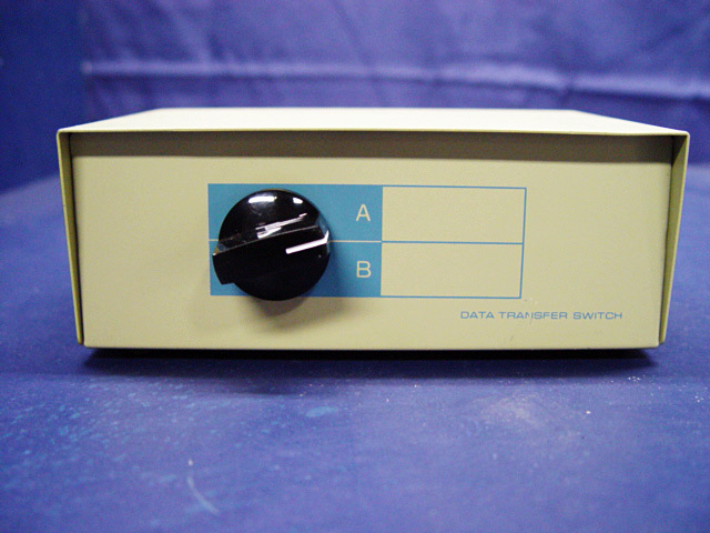 Manual 2 Port Data Transfer Switch Box Position Rotary A B